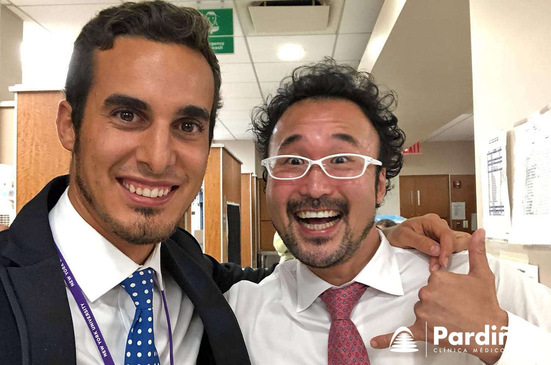 Dr. Simón Pardiñas López next to Dr. Takanori Suzuki
